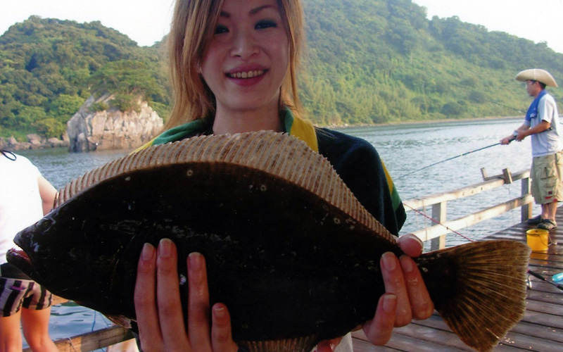巨大釣りいかだ「隼人の海」の釣果の様子
